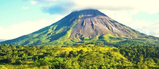 costa rica coffee mountains