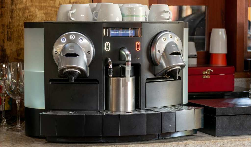 coffee maker with built in milk frother